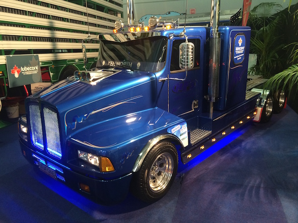 Mini-Kenworth-3-brisbane-truck-show